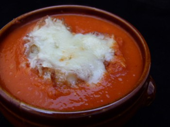 winter tomato soup au gratin