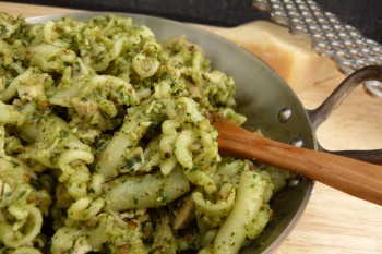 almond and dandelion greens pesto (with pasta and oven-roasted chicken)