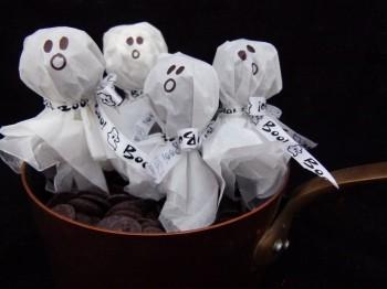 Hot Chocolate Ghosts Halloween