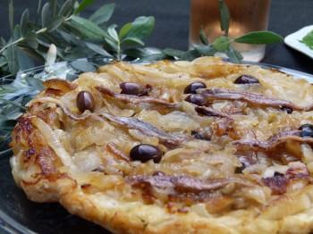 Pissaladière (à ma façon) french pizza with anchivoies