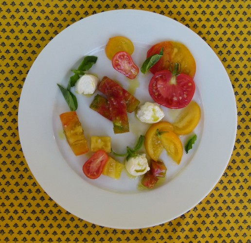 heirloom tomatoes and burrata cheese