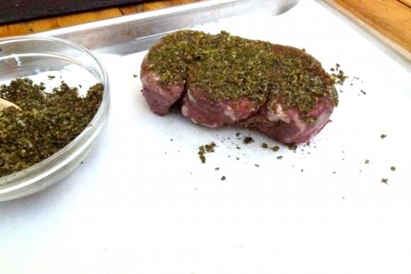 crust on steak au poivre vert ingrediants