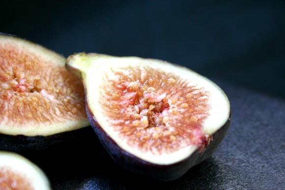 cut fig up close