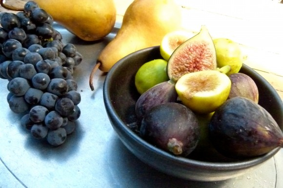 figs pears and grapes